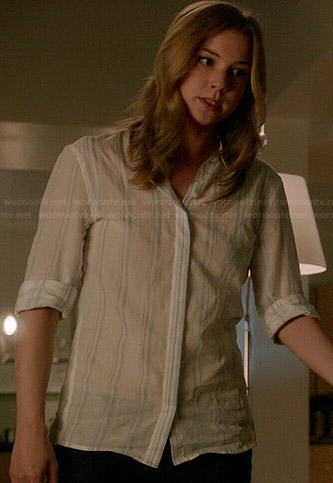Emily's white shirt with blue stripes on Revenge