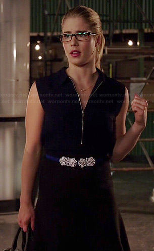 Felicity's navy zip neck dress and blue flower belt on Arrow