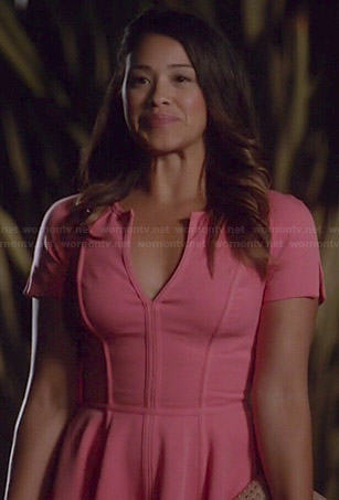 Jane's pink split neck dress on Jane the Virgin