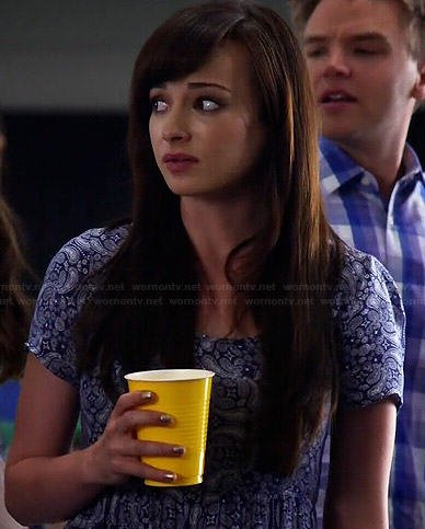 Jenna's blue paisley dress on Awkward