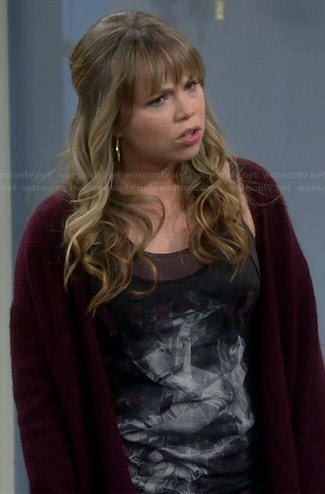 Kristin's abstract graphic tank top on Last Man Standing