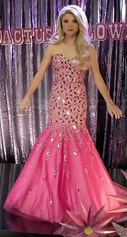 Lauren's pink strapless embellished pageant gown on Faking It