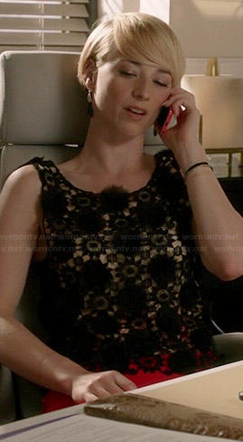 Margaux's black floral lace tank top on Revenge