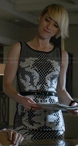 Margaux's black and white baroque print dress on Revenge