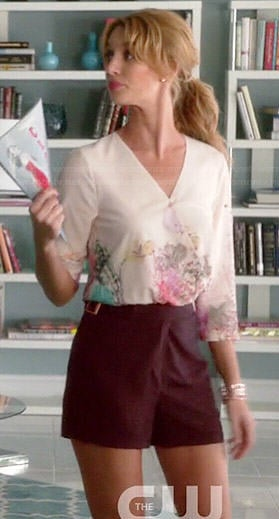 Petra's floral wrap blouse and burgundy shorts on Jane the Virgin