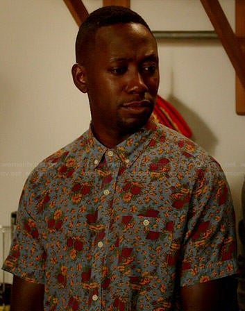 Winston's floral print short sleeve shirt on New Girl