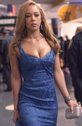 Zoey's blue CMAs dress on Nashville