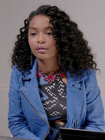Zoey's graffiti print bodycon dress and blue leather jacket on Black-ish
