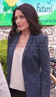 Abby's cream lace trim cami and blue snake textured blazer on Girlfriends Guide to Divorce