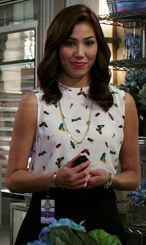 Angela's butterfly print top on Bones
