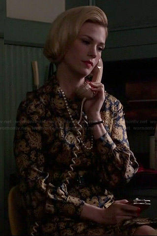 Betty's black and gold paisley shirtdress on Mad Men
