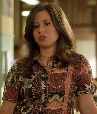 Chloe's mixed print short sleeve shirt on Manhattan Love Story