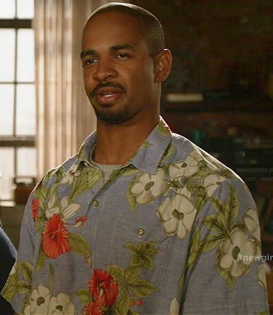 Coach's hawaiian shirt on New Girl