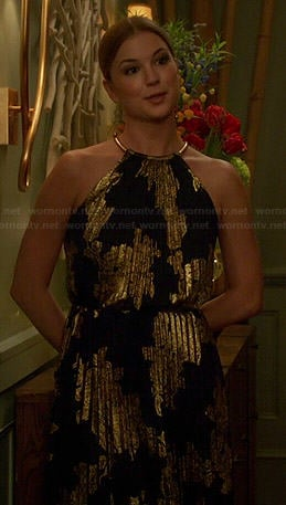 Emily's black and gold pleated halter neck gown on Revenge
