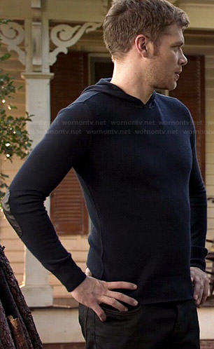 Klaus's navy blue hoodie with leather elbow patches on The Originals