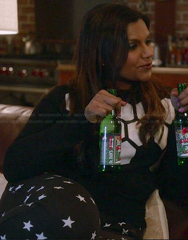 Mindy's black and white honeycomb sweater and star print sweatpants on The Mindy Project