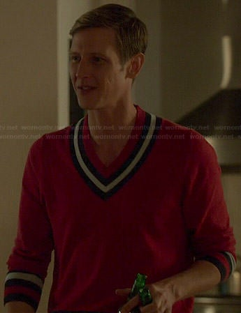 Nolan's red v-neck contrast trim sweater on Revenge