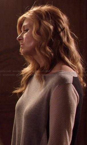 Rayna's grey colorblock sweater with mesh sleeves on Nashville