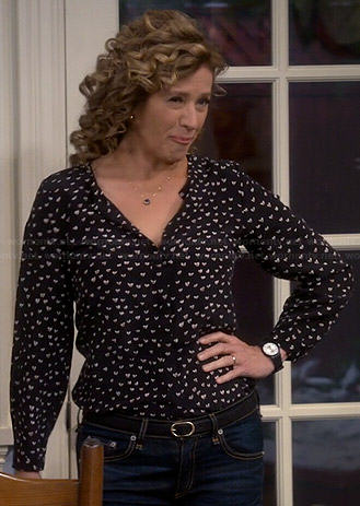 Vanessa's black and white heart print blouse on Last Man Standing