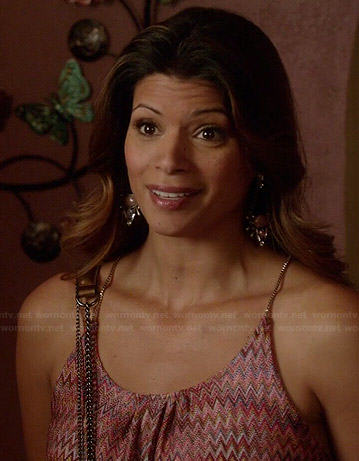 Xo's chevron printed dress with chain straps on Jane the Virgin