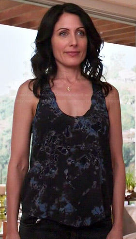Abby's blue and black printed tank top on Girlfriends Guide to Divorce