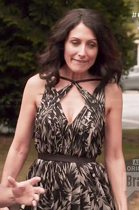 Abby's black and white printed v-neck dress on Girlfriends Guide to Divorce