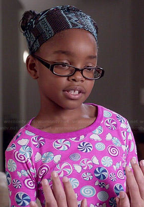 Diane's pink candy print pajamas on Black-ish