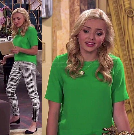 Emma's green top and diamond print jeans on Jessie