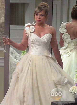 Kristin's wedding dress #1 on Last Man Standing