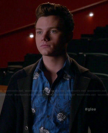Kurt's blue rose print shirt on Glee