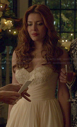 Louise's wedding dress on Revenge