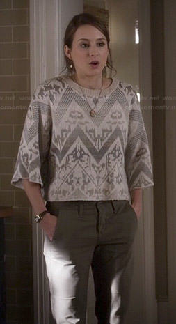 Spencer's white lace cropped sweater with zig zag pattern on Pretty Little Liars