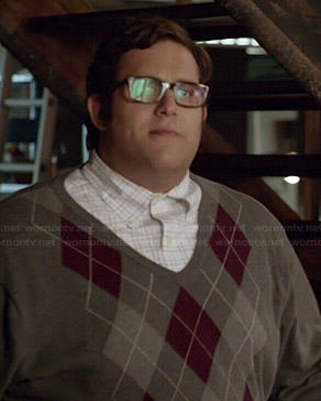 Sylvester's grey argyle sweater on Scorpion