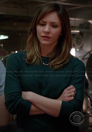 Paige's green zip-back sweater on Scorpion