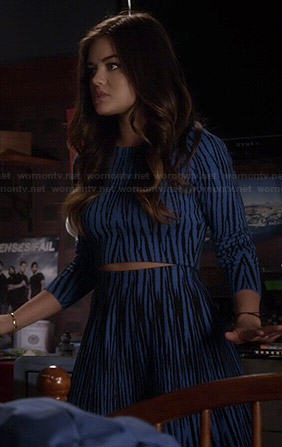 Aria's blue tiger striped crop top and skirt set on Pretty Little Liars