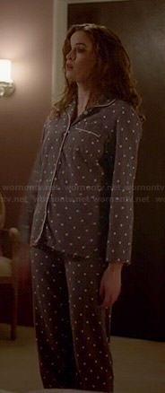 Caitlin's grey polka dot pajamas on The Flash