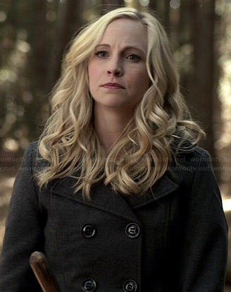 Caroline's hooded peacoat on The Vampire Diaries