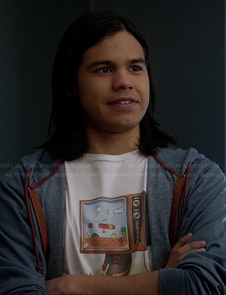 Cisco's Mario tv head t-shirt on The Flash