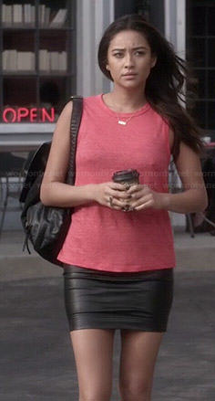 Emily's red open back tank top and leather skirt on Pretty Little Liars