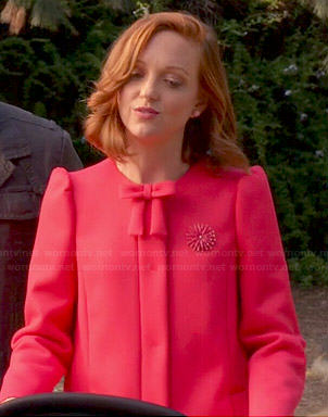 Emma's pink coat with bow on Glee