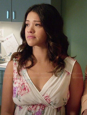 Jane's white floral surplice neck dress on Jane the Virgin