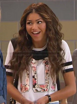 KC's floral 'OUI' top/dress on KC Undercover