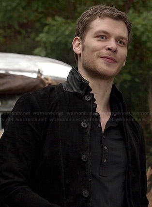 Klaus's black suede jacket with leather collar on The Originals