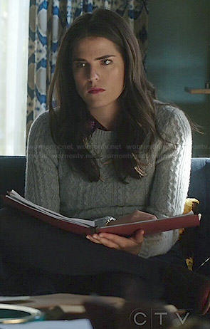 Laurel's grey cable knit sweater on How to Get Away with Murder