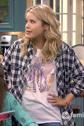 Lennox's plaid shirt with lace up shoulders and triangle graphic tee on Melissa and Joey