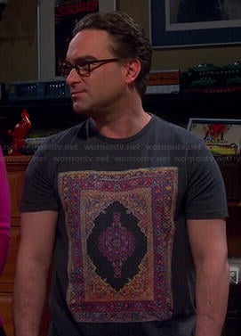 Leonard's carpet graphic tee on The Big Bang Theory