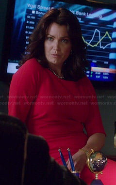 Mellie's red half-sleeve dress on Scandal