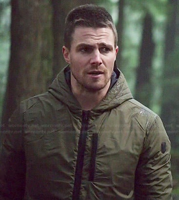 Oliver's green hooded jacket on Arrow