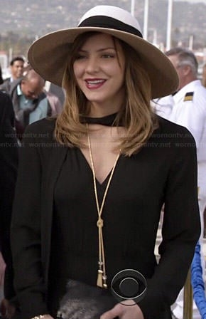 Paige's black long sleeved jumpsuit and hat on Scorpion