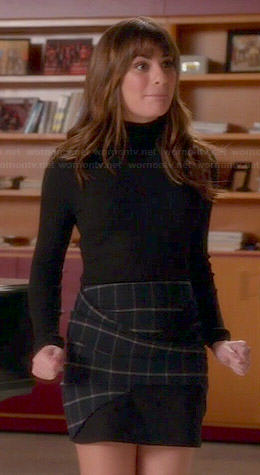 Rachel's plaid skirt and black ribbed turtleneck sweater on Glee